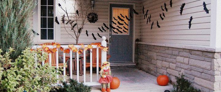 The Best 5 Front Door Decors For This Year's Halloween
