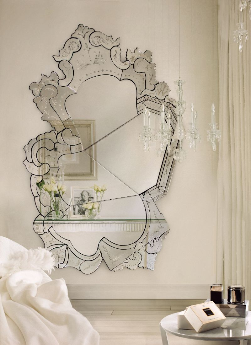 oversized mirrors Oversized Mirrors That Will Make Your Master Bedroom Bigger 10 Unique Oversized Mirrors for Master Bedrooms 1