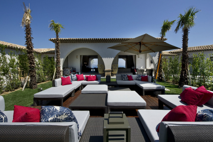 Inspiring-Outdoor-Lounge-Design-Ideas-feature Inspiring Outdoor Lounge Design Ideas  Inspiring Outdoor Lounge Design Ideas  Inspiring Outdoor Lounge Design Ideas feature