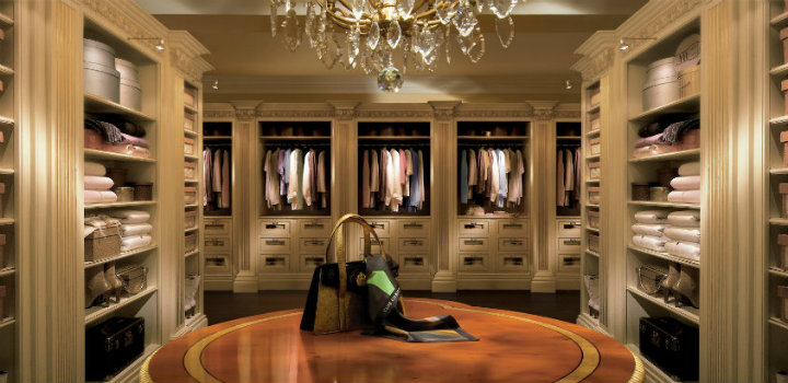 master bedroom 25 LUXURY CLOSETS FOR THE MASTER BEDROOM feature12