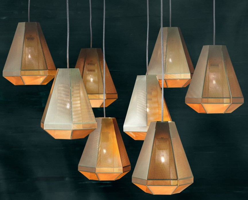 Cell Tall Pendant by Tom Dixon Modern Chandeliers TOP 20 MODERN Chandeliers – Luxury Inspiration Tom Dixon Pendant e1453378686240