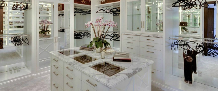 luxury closets Top Luxury Closets For Your Modern Master Bedroom ft 2