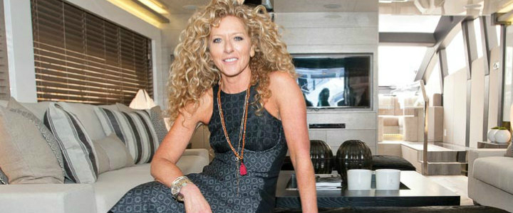 interior designs Kelly Hoppen's Best Interior Designs INTERIOR DESIGN PROJECTS KELLY HOPPEN A LUXURY RESIDENTIAL IN HONG KONG cover
