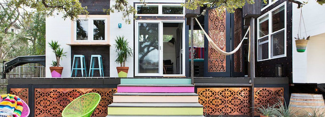backyard decks 10 Amazing Backyard Decks To Enjoy This Summer 52d486a15a1678aa6b63eb5442db67f3 1140x410