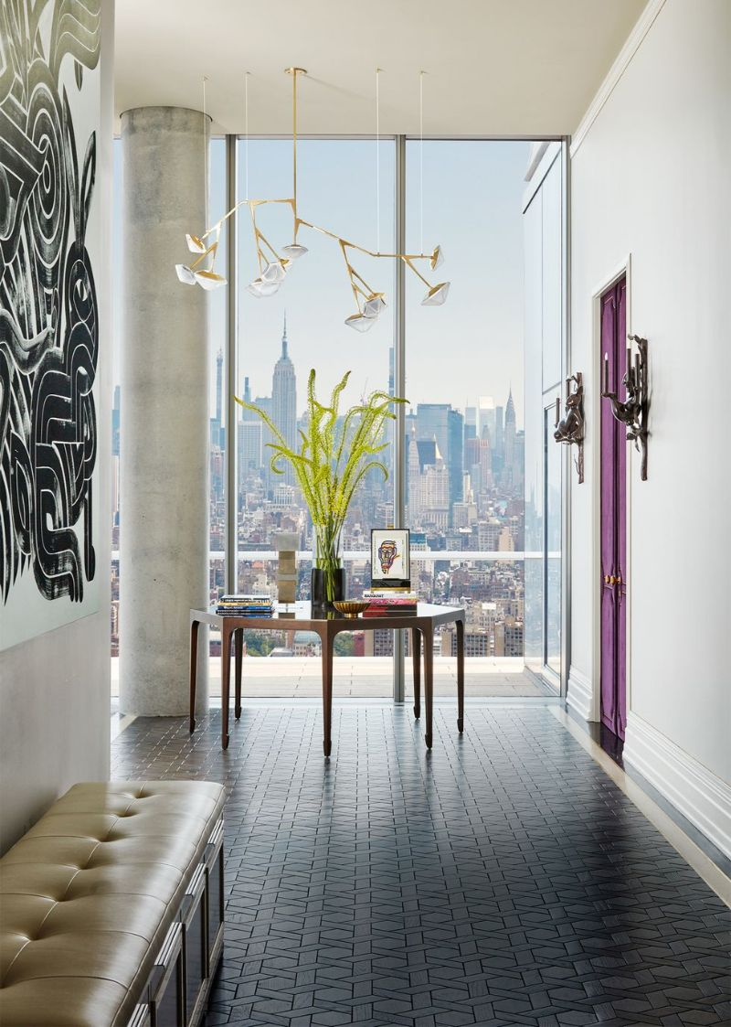 Living In The Clouds - A Modern New York Apartment (7) new york apartment A Modern New York Apartment That Overlooks The City's Skyline Living In The Clouds A Modern New York Apartment 7