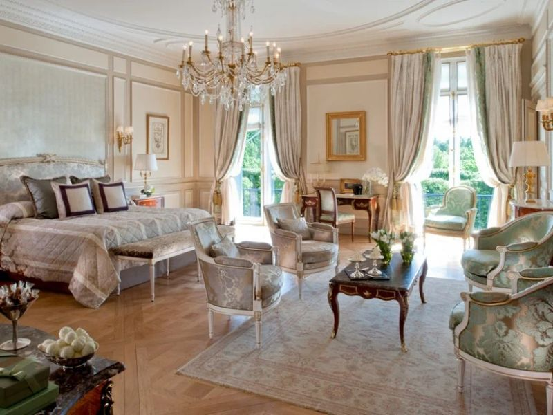 Where To Stay In Paris: The 10 Best Luxury Hotels luxury hotels Where To Stay In Paris: The 10 Best Luxury Hotels 7 19