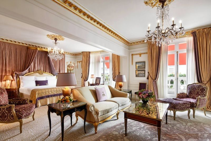 Where To Stay In Paris: The 10 Best Luxury Hotels luxury hotels Where To Stay In Paris: The 10 Best Luxury Hotels 8 22