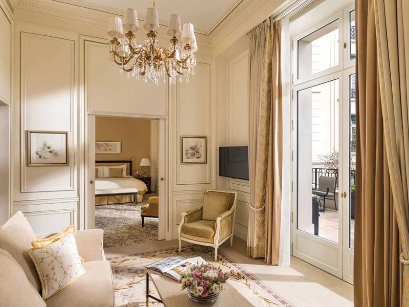 Where To Stay In Paris: The 10 Best Luxury Hotels luxury hotels Where To Stay In Paris: The 10 Best Luxury Hotels 9 17