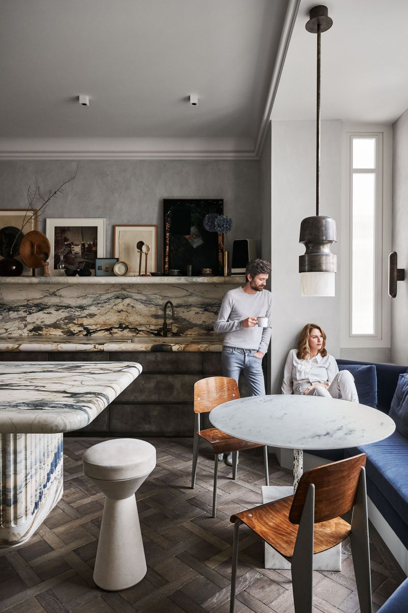 Joseph Dirand Designs Calm And Subtle Paris Apartment (4) joseph dirand Joseph Dirand's Paris Apartment Doubles As A Marble Wonder Joseph Dirand Designs Calm And Subtle Paris Apartment 4