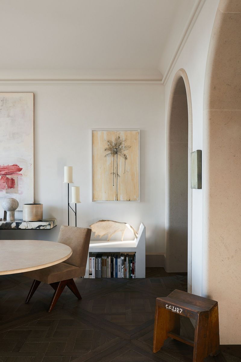 Joseph Dirand Designs Calm And Subtle Paris Apartment (8) joseph dirand Joseph Dirand's Paris Apartment Doubles As A Marble Wonder Joseph Dirand Designs Calm And Subtle Paris Apartment 8