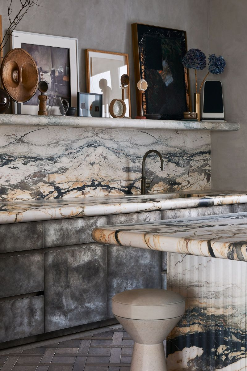 joseph dirand Joseph Dirand's Paris Apartment Doubles As A Marble Wonder Joseph Dirand Designs Calm And Subtle Paris Apartment 9