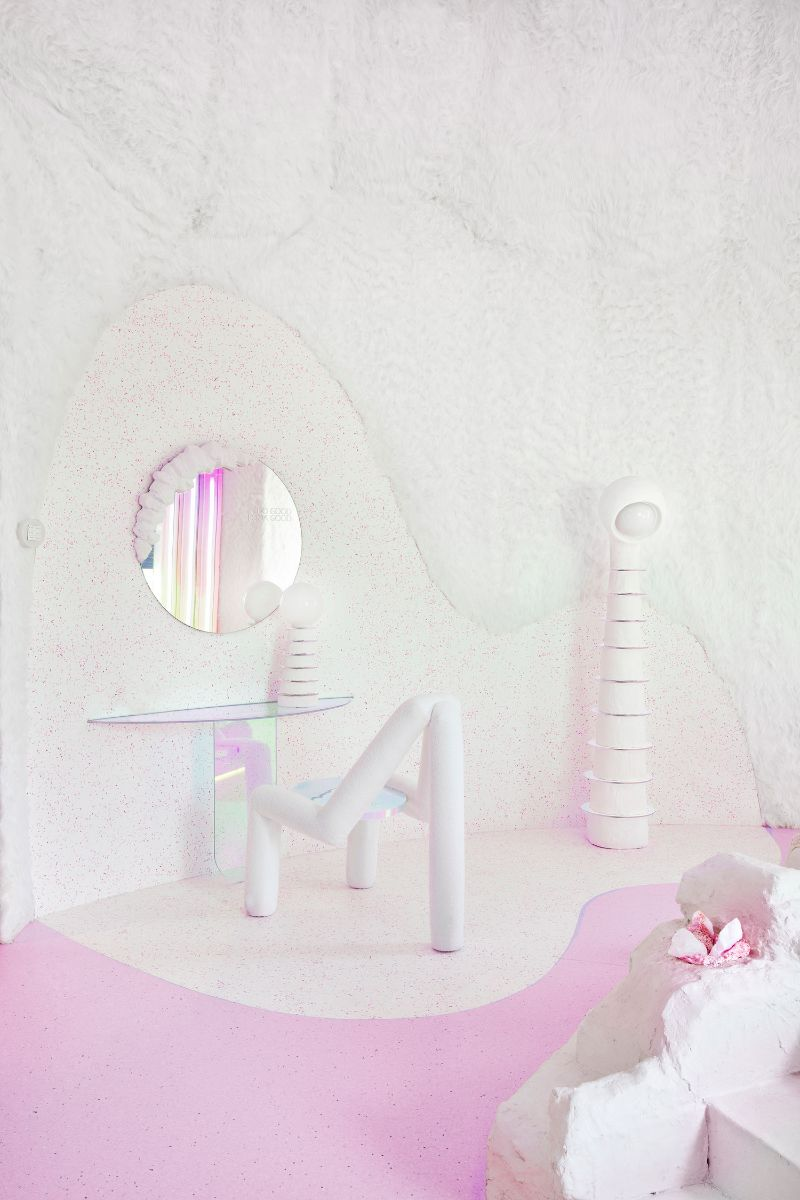 Patricia Bustos Studio Creates A Neon-Inspired Bathroom Design (11) patricia bustos Patricia Bustos Studio Creates A Neon-Inspired Bathroom Design Patricia Bustos Studio Creates A Neon Inspired Bathroom Design 11