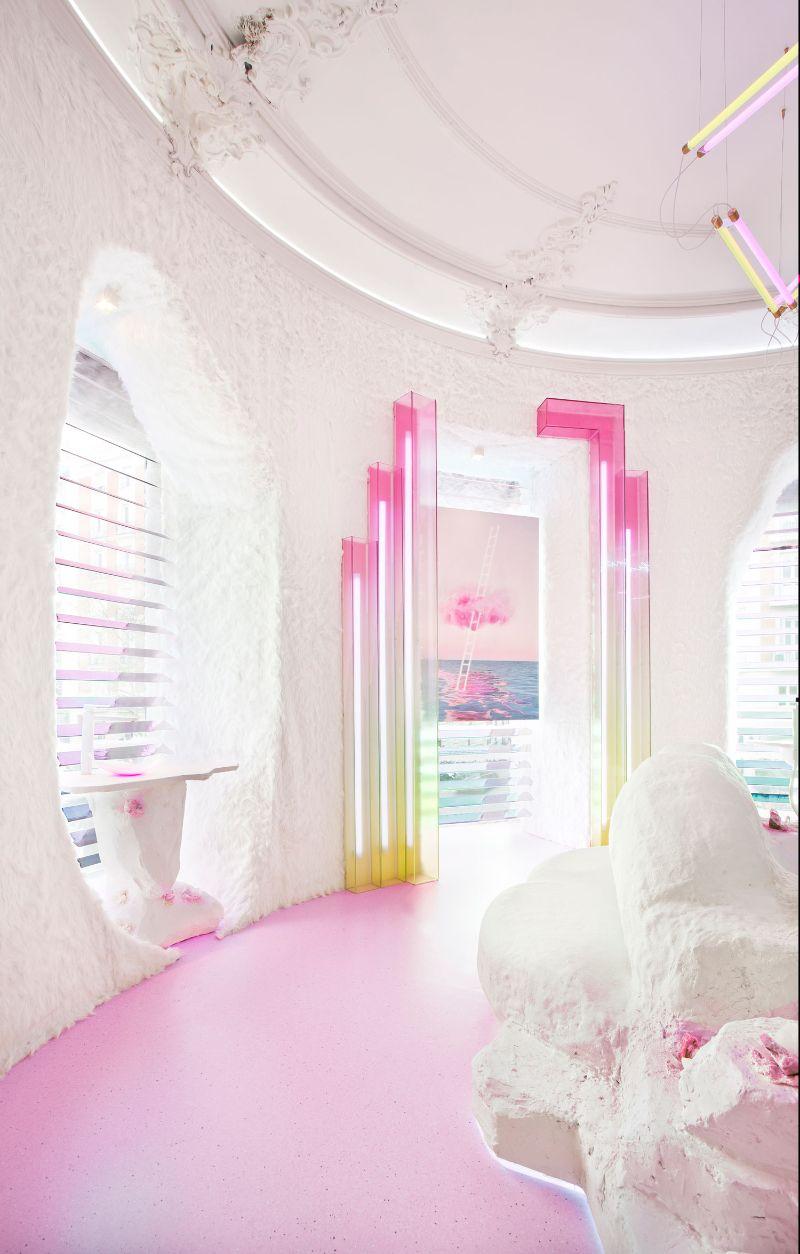 Patricia Bustos Studio Creates A Neon-Inspired Bathroom Design (9) patricia bustos Patricia Bustos Studio Creates A Neon-Inspired Bathroom Design Patricia Bustos Studio Creates A Neon Inspired Bathroom Design 9