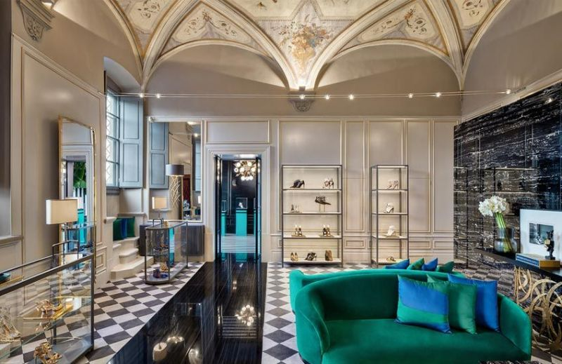 Luxury Retail Interior Designs To Get Inspired By (2) luxury retail Luxury Retail Interior Designs To Get Inspired By Luxury Retail Interior Designs To Get Inspired By 2