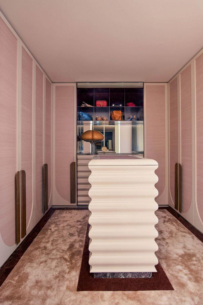 80s Memphis Meets 21st Century Metamodernism In Melbourne Luxury Home (9)