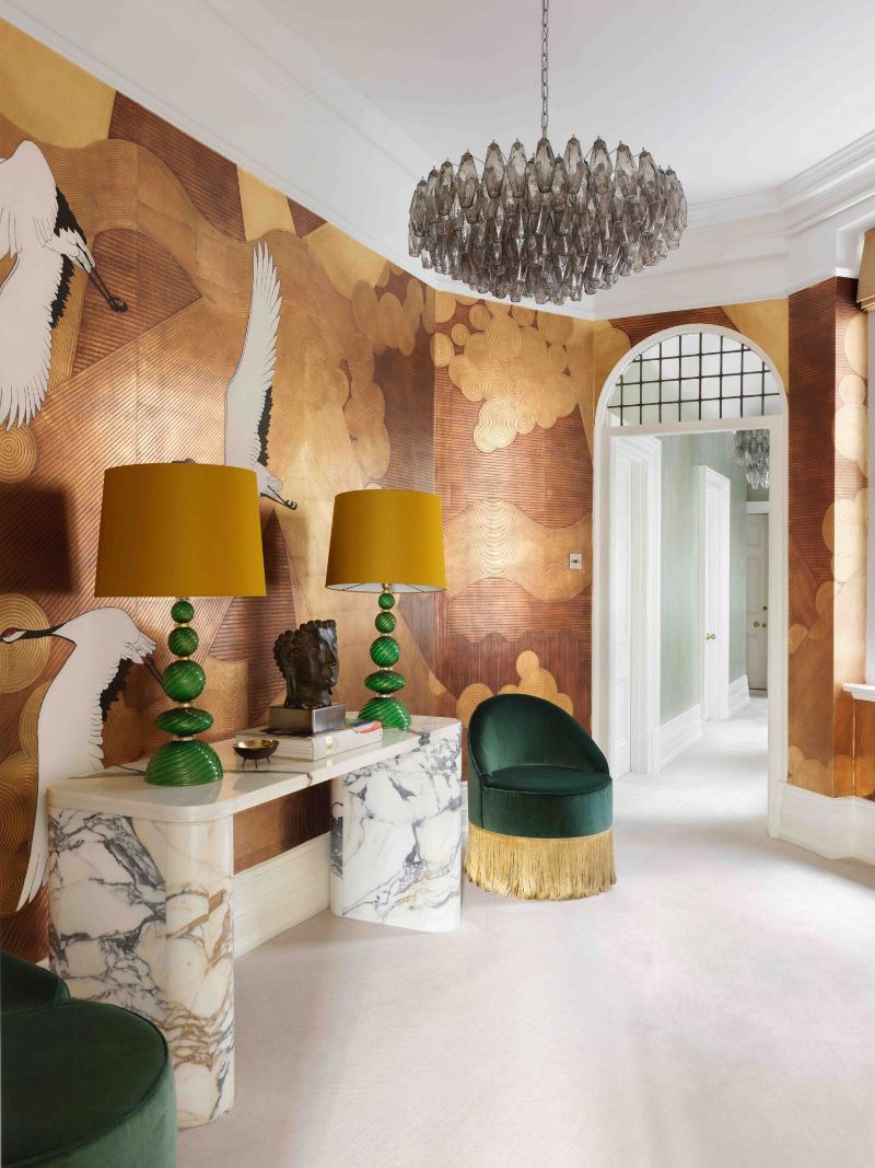 A Glamorous London Apartment With A Clever Use Of Wallpaper (3) london apartment A London Apartment Where Art and Wallpaper Add Depth To The Interiors A Glamorous London Apartment With A Clever Use Of Wallpaper 3