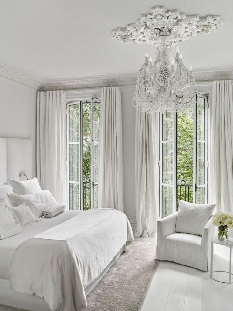 interior design projects New York City – The Most Luxury Interior Design Projects A Contemporary Take on a Classic New York house by Studio Piet Boon 768x1024