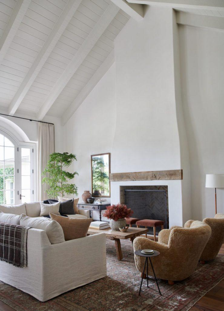 Amber Interiors - The One Interior Design Blog You Need to Follow amber interiors Amber Interiors – The One Interior Design Blog You Need to Follow Amber Interiors Client Bu Round Two Tessa Neustadt 54 e1588186030896 740x1024