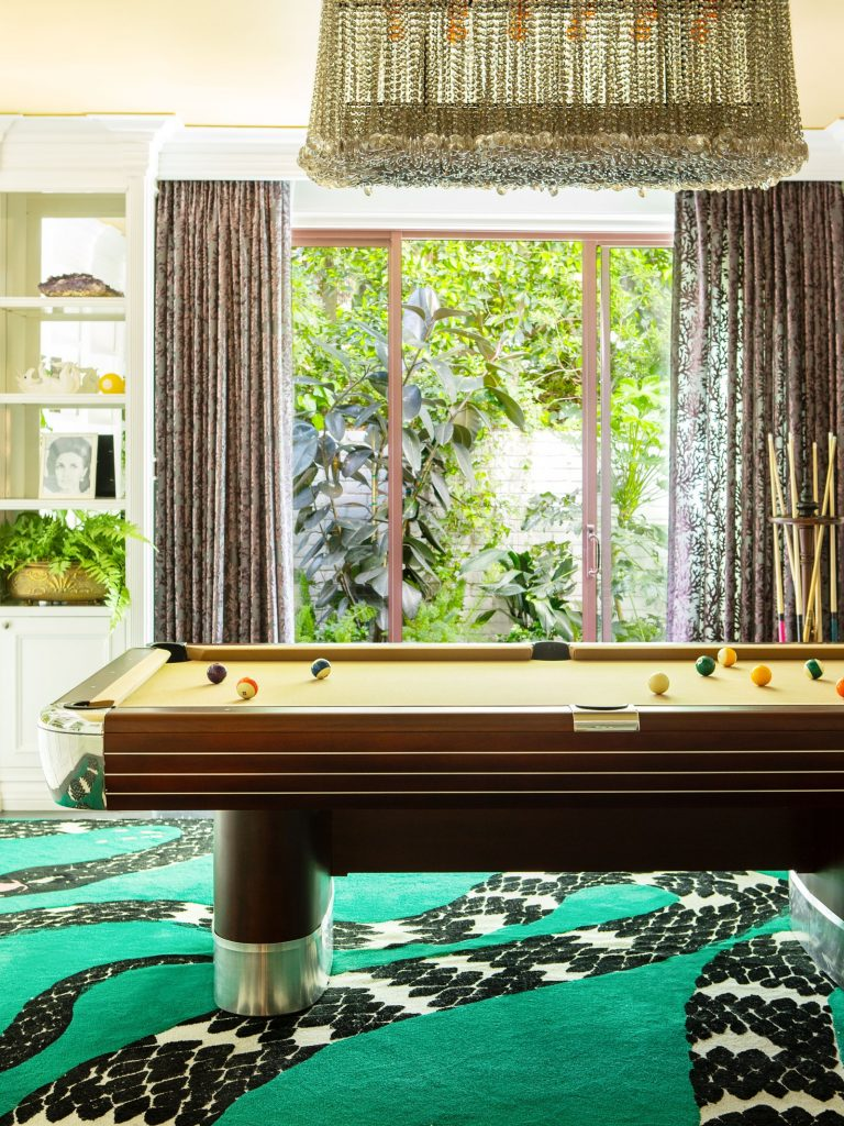 Take a Tour of Model Cara Delenvigne's Luxury and Feminine Los Angeles Home cara delevingne Take a Tour of Model Cara Delevingne Luxury and Feminine Los Angeles Home Luxury and Feminine Los Angeles Home1 768x1024