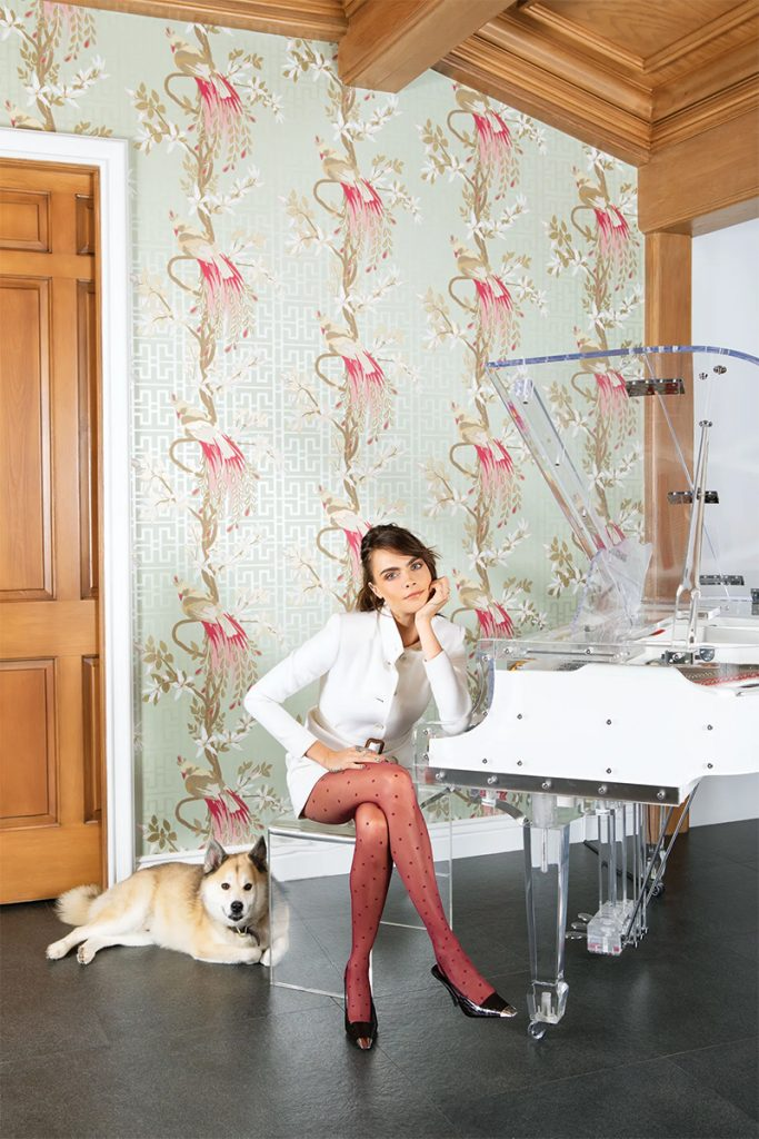 Take a Tour of Model Cara Delenvigne's Luxury and Feminine Los Angeles Home cara delevingne Take a Tour of Model Cara Delevingne Luxury and Feminine Los Angeles Home Luxury and Feminine Los Angeles Home13 683x1024