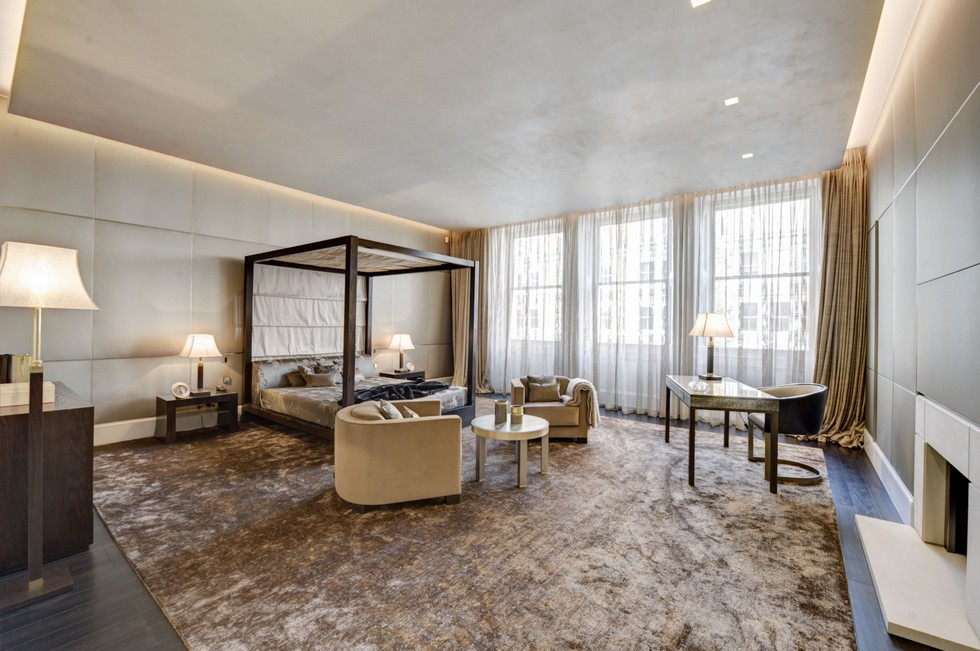 Dress Up Your Home Decor Inspired in Armani Casa Interiors